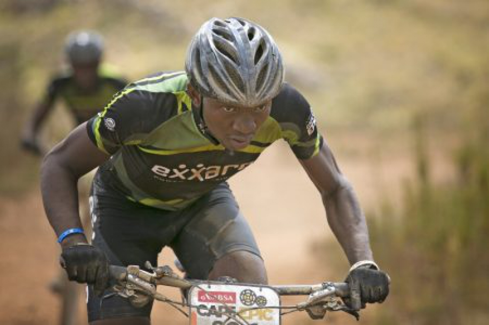 Rilamulele Gadabeni leading the way for his partner Tovhowani Mavundadavhi during stage 5 of the 2016 Absa Cape Epic Mountain Bike stage race held from the Cape Peninsula University of Technology in Wellington to Boschendal in Stellenbosch, South Africa on the 18th March 2016 Photo by Mark Sampson/Cape Epic/SPORTZPICS PLEASE ENSURE THE APPROPRIATE CREDIT IS GIVEN TO THE PHOTOGRAPHER AND SPORTZPICS ALONG WITH THE ABSA CAPE EPIC ace2016