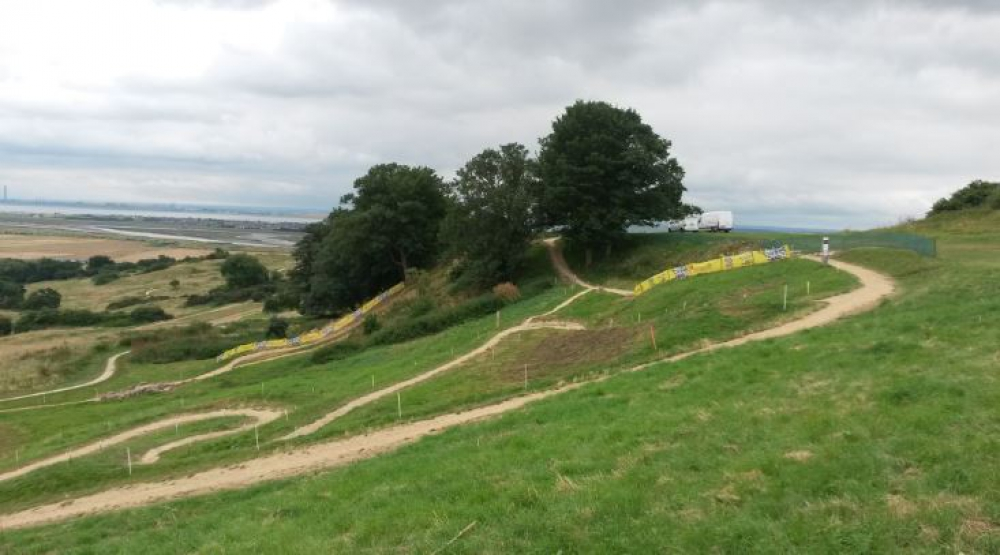 Hadleigh International - Approach to triple trouble